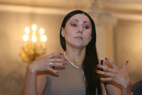 Anželika Cholina Anelika Cholina YM 15minlt