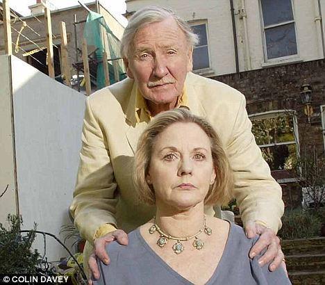 Angela Scoular Angela Scoular Leslie Phillips Bond girl wife 65 dies drinking