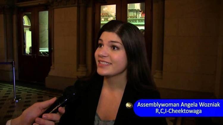 Angela Wozniak Assemblywoman Angela Wozniak reacts to Sheldon Silver39s