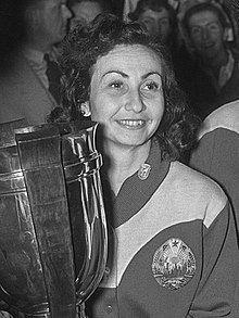 Angelica Rozeanu httpsuploadwikimediaorgwikipediacommonsthu