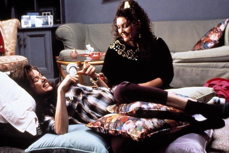 Angie (1994 film) Angie 1994 film Alchetron The Free Social Encyclopedia