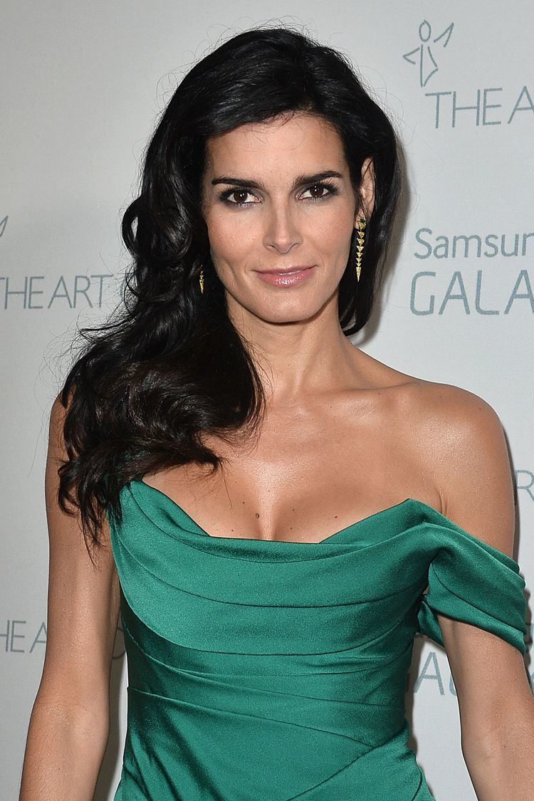 Angie Harmon born August 10, 1972 (age 46) nude (28 photos), Tits, Is a cute, Twitter, cleavage 2006