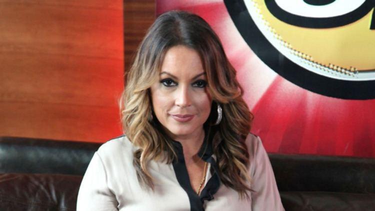 Angie Martinez Angie Martinez Signs With Roc Nation