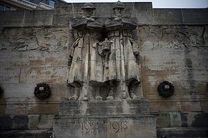 Anglo-Belgian Memorial (Brussels) httpsuploadwikimediaorgwikipediacommonsthu