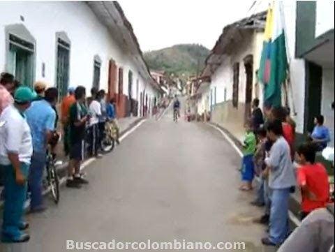 Angostura, Antioquia httpsmw2googlecommwpanoramiophotosmedium