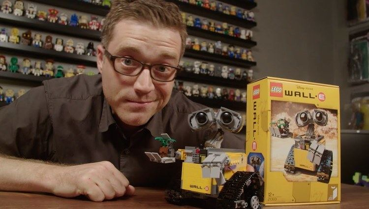 Angus MacLane WALLE Interview with LEGO Ideas Fan Designer Angus
