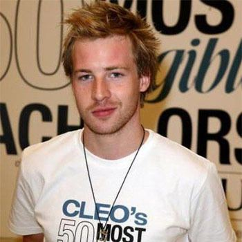 Angus McLaren Angus McLaren Bio Born Net Worth Age Family Height and Rumor