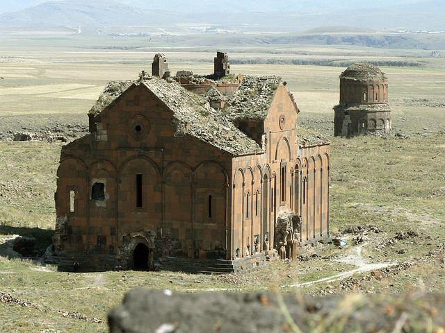 Ani Ani Ghost City of 1001 Churches Kuriositas