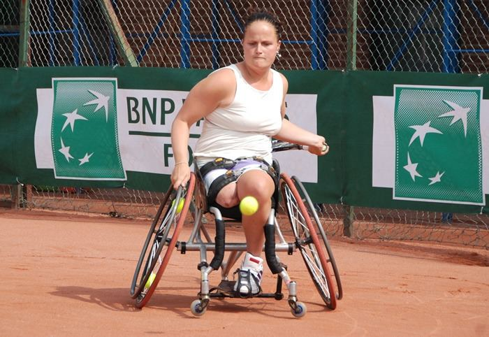 Aniek van Koot ITF Tennis WHEELCHAIR Articles Fernandez Wagner