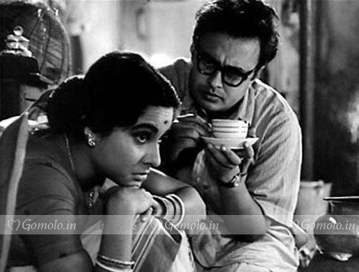 Anil Chatterjee Anil Chatterjee photos A still from Mahanagar movie