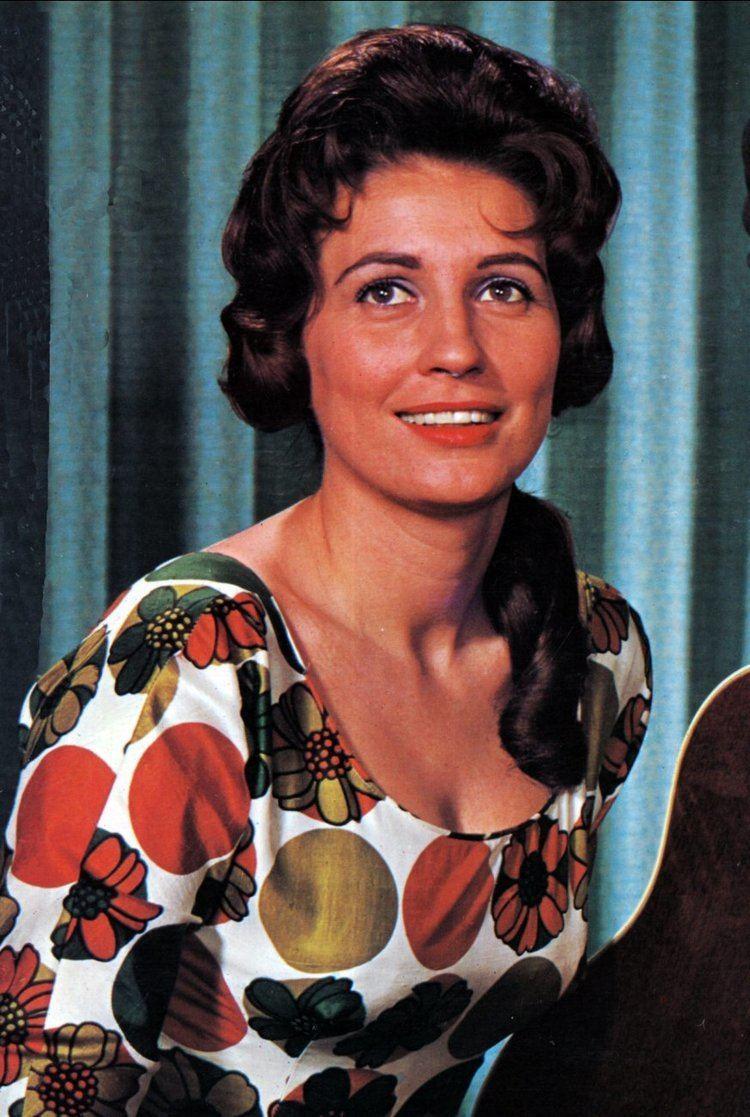 Anita Carter Anita Carter New Music And Songs