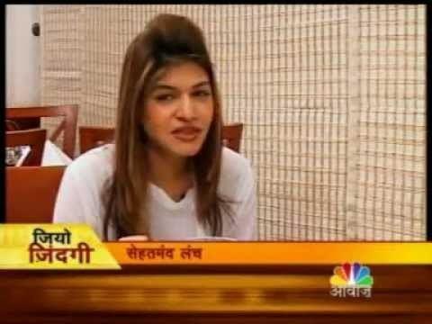 Anjali Mukerjee Anjali Mukerjee giving tips for healthy lunch YouTube