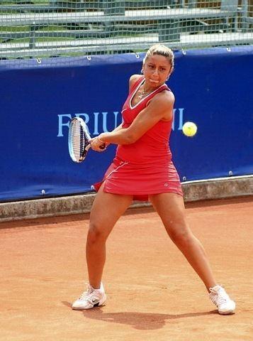 Anna Floris Tornei ITF Italiane Annalisa Bona ai quarti di finale in