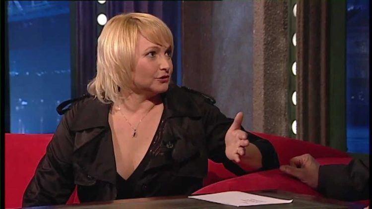 Anna Šišková Show Jana Krause 25 3 2011 1 Anna ikov YouTube
