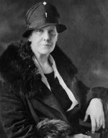 Anna Jarvis httpsuploadwikimediaorgwikipediacommonsthu