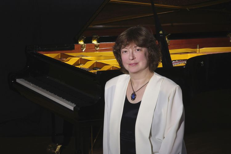 Anna Malikova Willkommen bei Anna Malikova Pianistin aus Leidenschaft