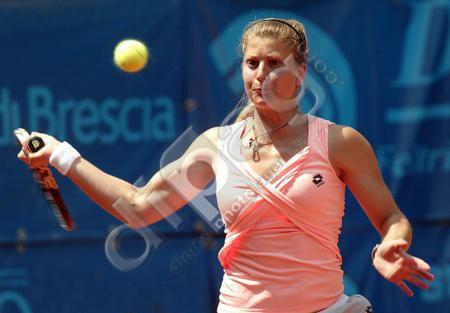 Anna Remondina Italy39s Anna Giulia Remondina returns the ball