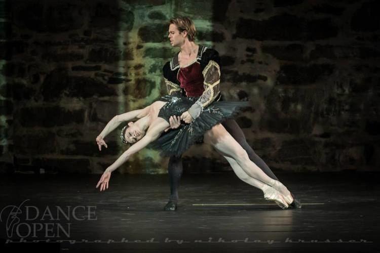 Anna Tsygankova BALLETOMANA Anna Tsygankova and Matthew Golding in the