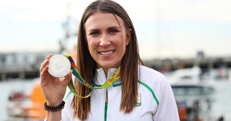 Annalise Murphy Team Irelands Annalise Murphy sails in to a heros welcome as she
