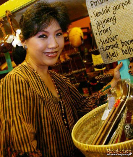 Anne Avantie The 25 years of Anne Avantie39s Show quotMerenda Kasih