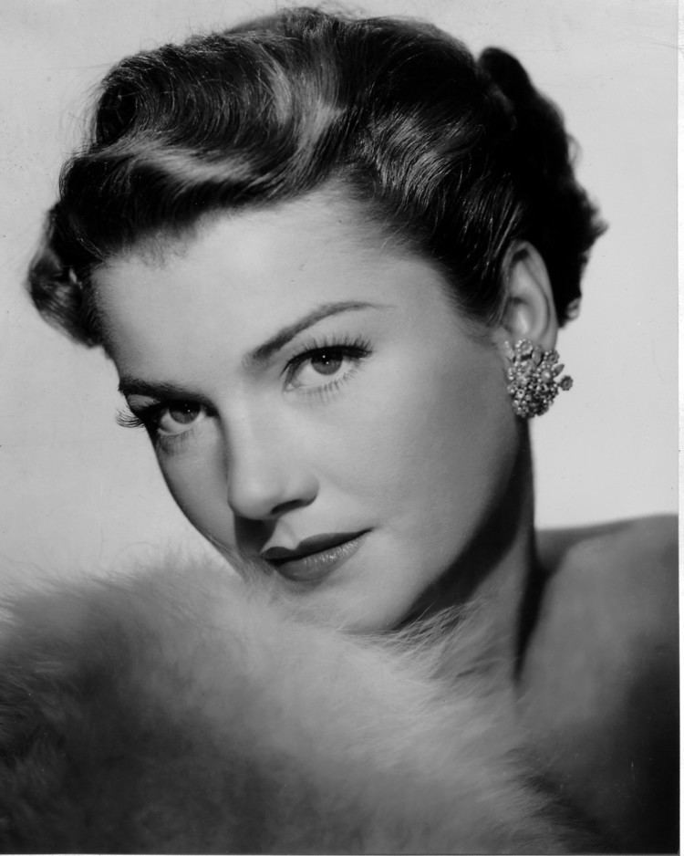 Anne Baxter Anne Baxter Muses Cinematic Women The Red List