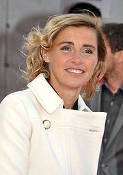 Anne Consigny httpsuploadwikimediaorgwikipediacommonsthu