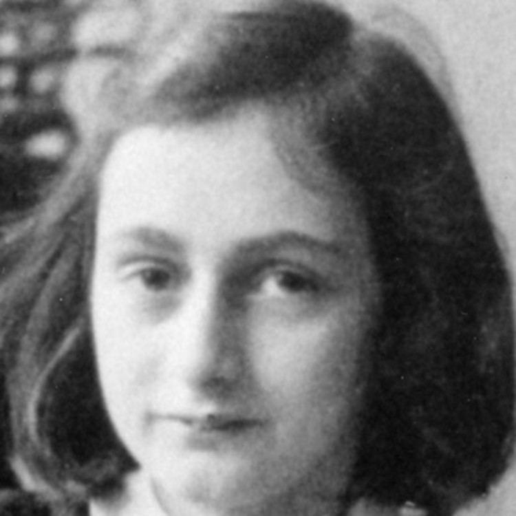 Anne Frank Anne Frank Biography Biographycom