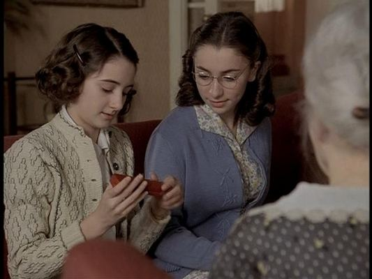 Anne Frank: The Whole Story Anne Frank The Whole Story Anne and Margot War Movies