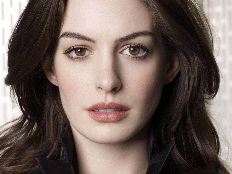 Anne Hathaway cdn3denofgeekussitesdenofgeekusfiles270an