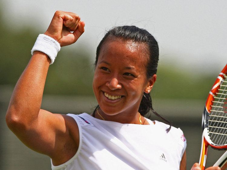 Anne Keothavong Wimbledon latest Anne Keothavong knocked out by Sara