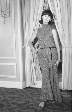 Anne Klein Anne Klein Fashion Designer Encyclopedia clothing women dress