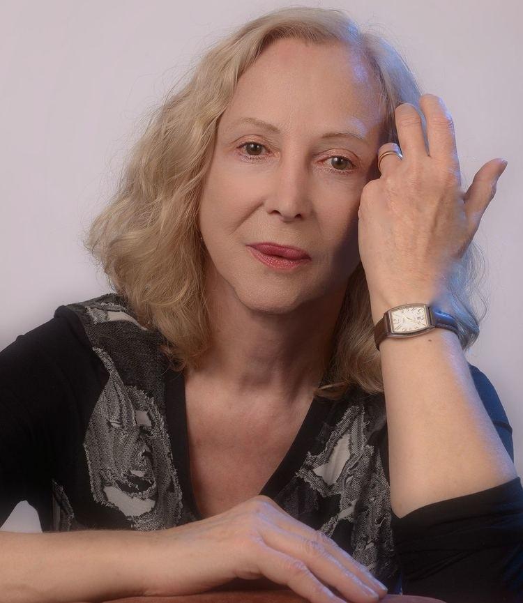 Anne Lauber httpsuploadwikimediaorgwikipediacommonsee