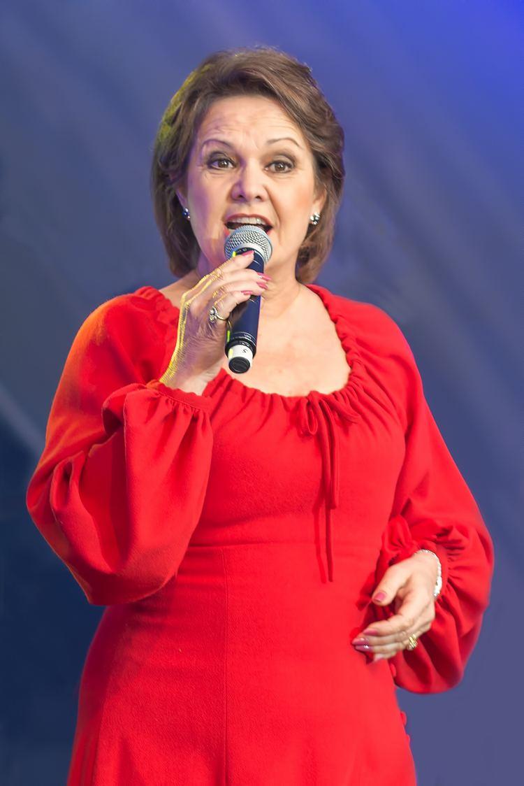 Anne-Marie David httpsuploadwikimediaorgwikipediacommonsdd
