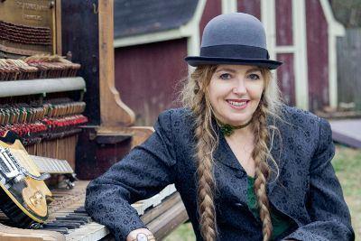 Anne McCue Anne McCue Biography Albums amp Streaming Radio AllMusic