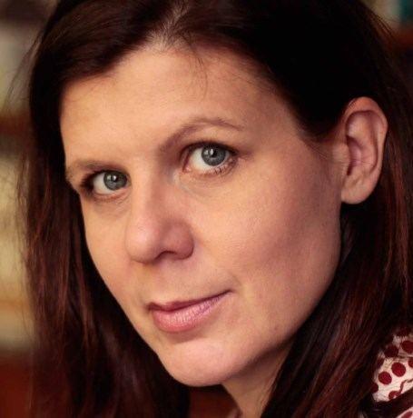 Anne Provoost Auteur Anne Provoost op bezoek LoReninge Het Nieuwsblad