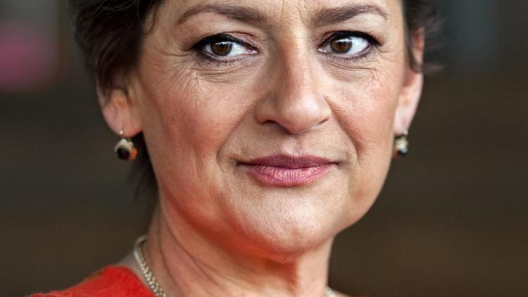 Annet Malherbe Annet Malherbe in toneelstuk Annie MG op Soestdijk NU