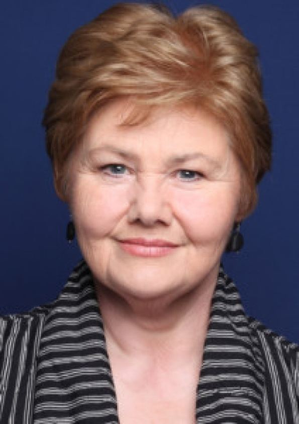 Annette Badland ClaireWatch is Over Outlander Cast Starts to Fill Out