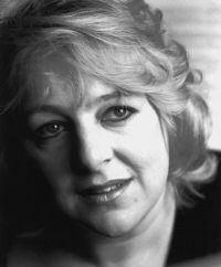 Annette Bryn Parri httpsuploadwikimediaorgwikipediacyee5Ann