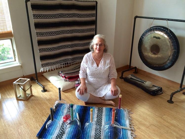 Annie B. Bond A healing center where Annie B Bond gives energy healingThe Divine
