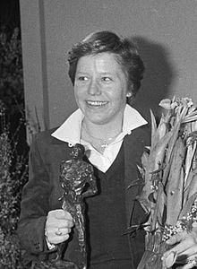 Annie Borckink httpsuploadwikimediaorgwikipediacommonsthu