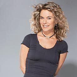 Annie Brocoli frcanoecadivertissementmusiqueentrevues2005