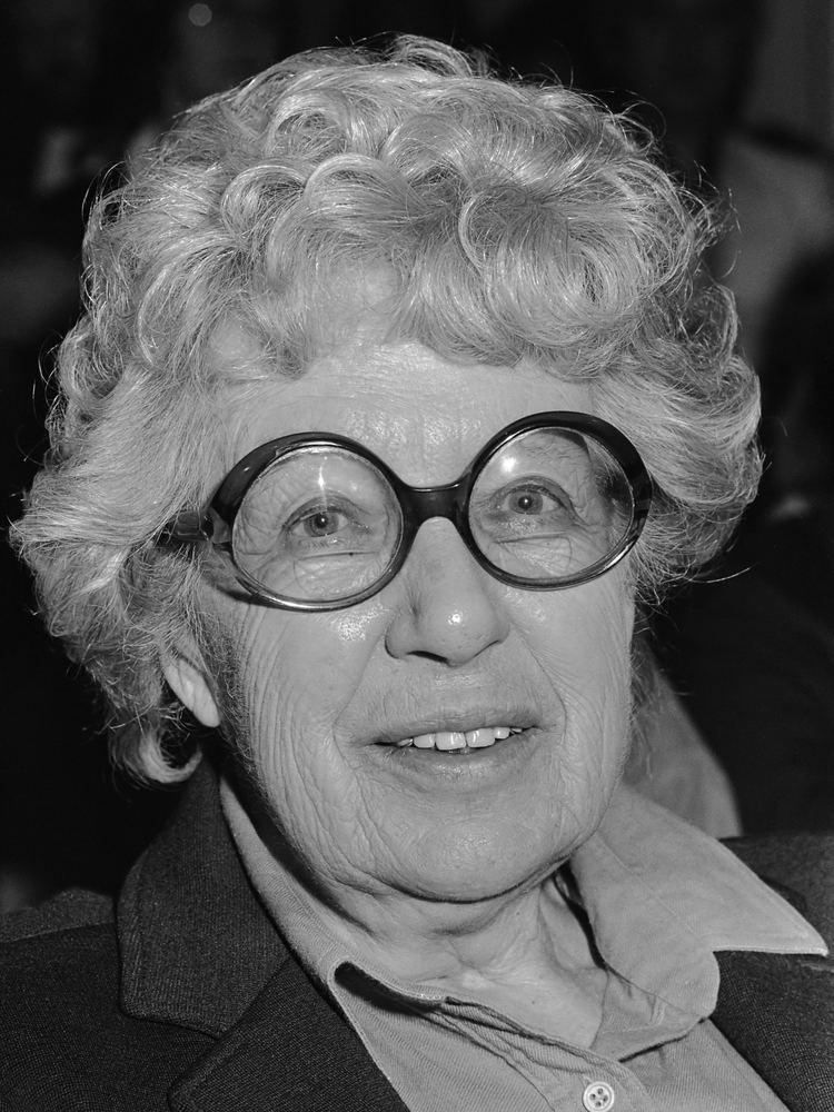 Annie M. G. Schmidt httpsuploadwikimediaorgwikipediacommons11