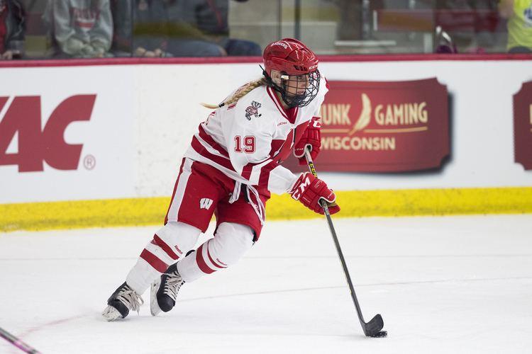 Annie Pankowski Womens Hockey Wisconsin Athletics Annie Pankowski 201516