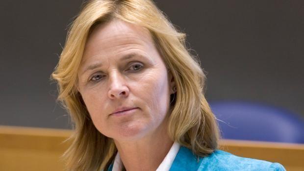 Annie Schreijer-Pierik Twents stemmenkanon met gemak in Europarlement RTL Nieuws