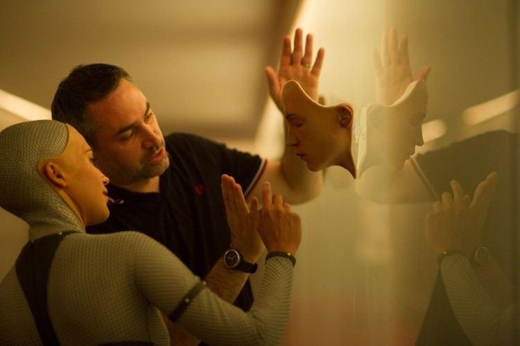 Annihilation (film) Annihilation Ex Machina39s Garland Talks Stranger Next Film