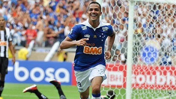Anselmo Ramon Cruzeiro Esporte Clube Guerreiro dos Gramados Anselmo Ramon fica