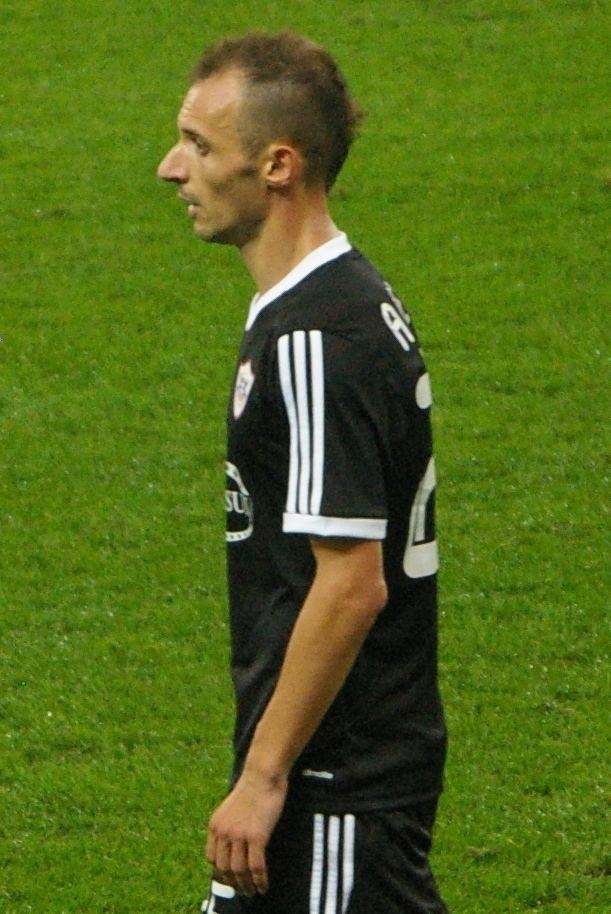 Ansi Agolli