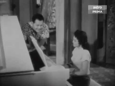 Antara Dua Darjat Ex54 Piano Montage in Antara Dua Darjat 1960 YouTube