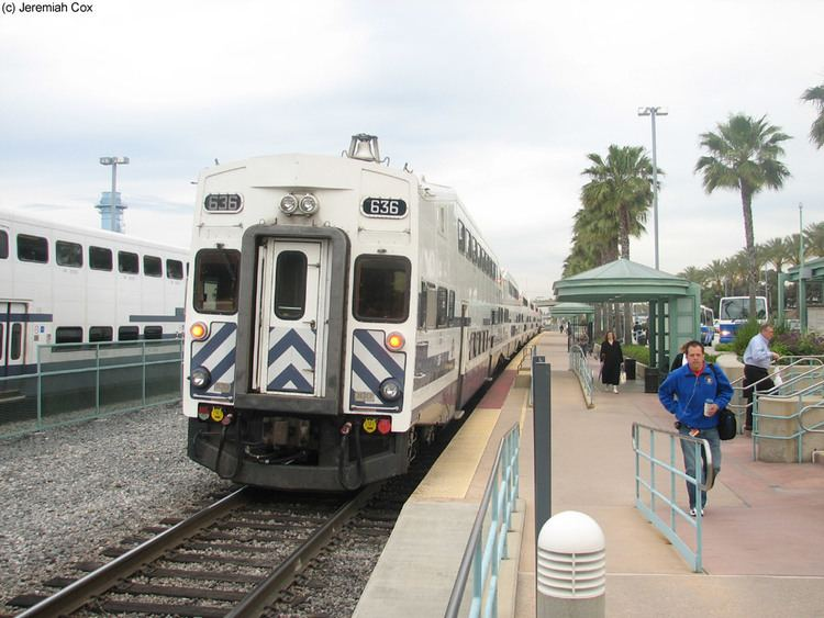 Antelope Valley Line subwaynutcomcaliforniametrolinkdowntownburbank