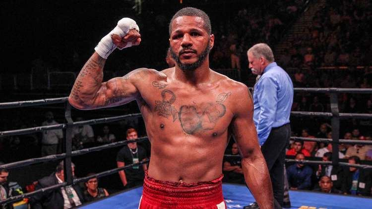 Anthony Dirrell Anthony Dirrell getting in the swing to help children in his